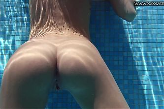 Tiffany Tatum gets horny and sexy in the pool
